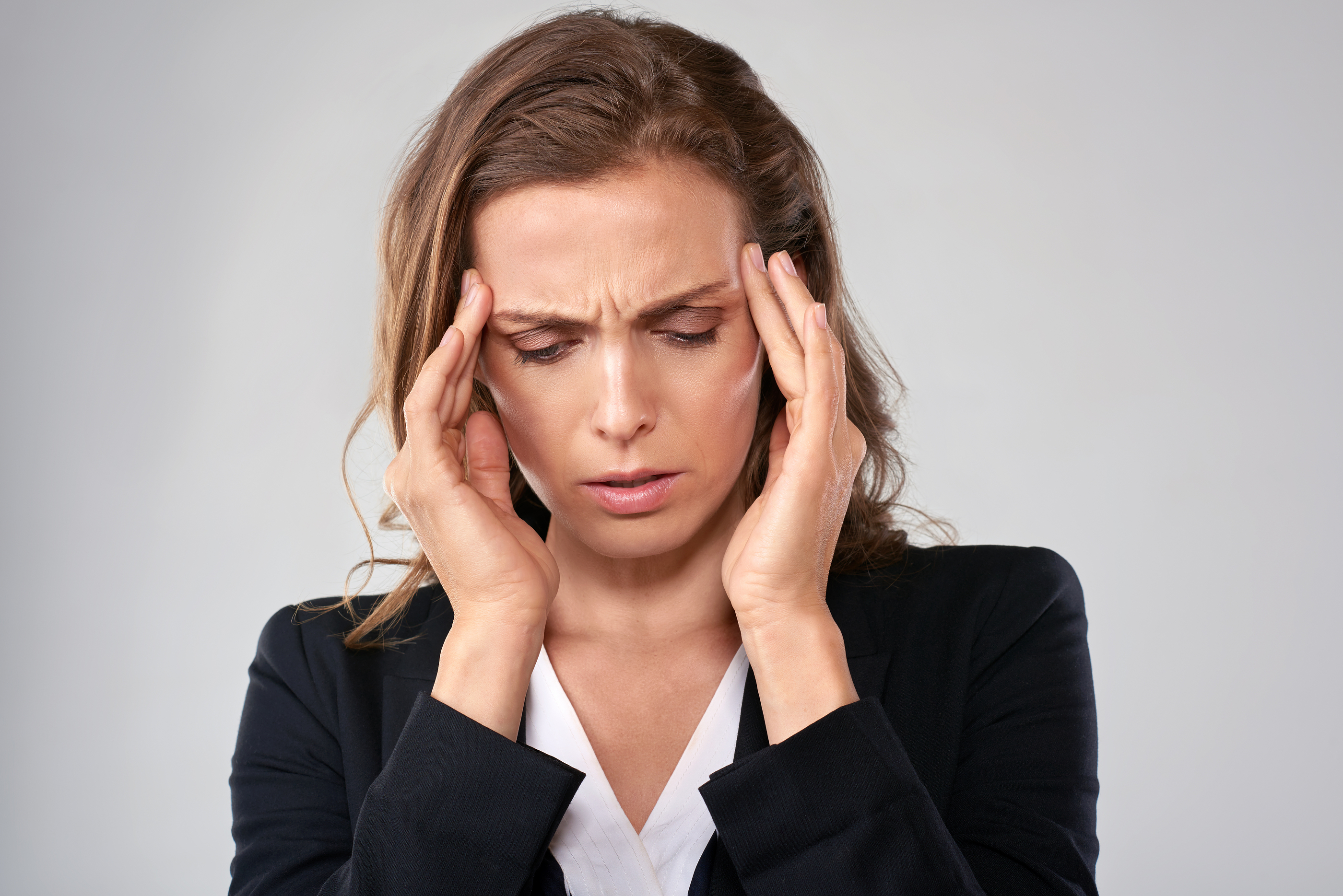 migraines-triggers-easy-natural-safe-solution